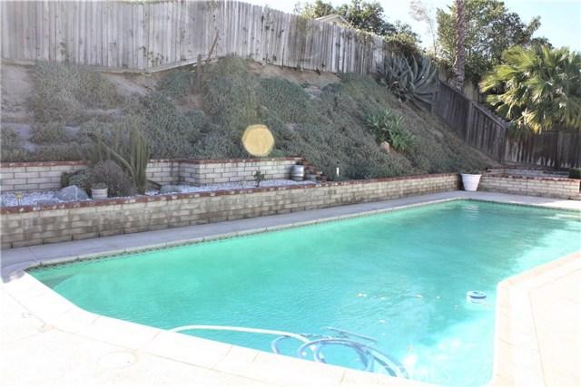5980 Kitty Hawk Drive, Riverside CA: http://media.crmls.org/medias/3b602c5c-696d-4440-830b-02947c5cbadc.jpg
