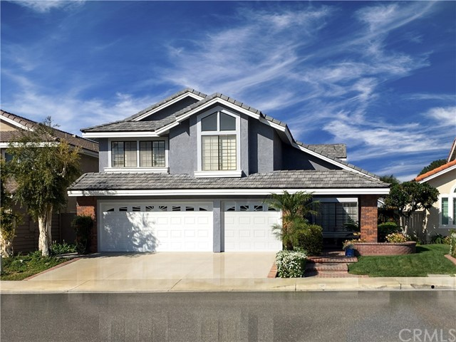 3 Woodlawn , CA 92620 is listed for sale as MLS Listing OC18253183