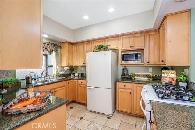 4852 Tiara Drive, Huntington Beach CA: http://media.crmls.org/medias/3b71e333-10ad-4514-82aa-17dc6aacfdd5.jpg