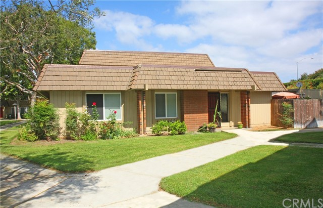 10452 Truckee River Court Fountain Valley, CA 92708 is listed for sale as MLS Listing OC17186043