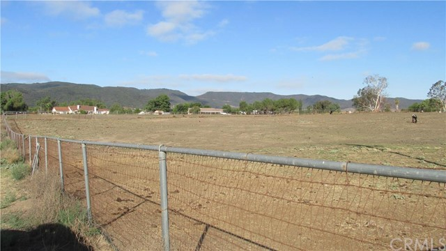Additional photo for property listing at 1 Patton Avenue  Murrieta, California 92562 United States