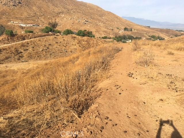 0 E 3 mountain Ranch / Luane Trial Colton, CA 92324 - MLS #: CV17243035