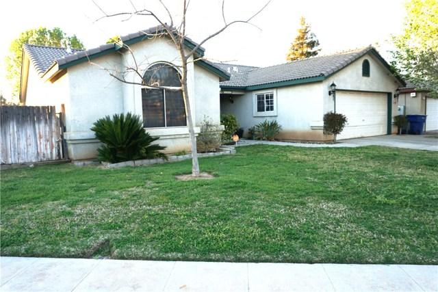 5467 N Delbert Avenue, Fresno CA: http://media.crmls.org/medias/3b87a238-5493-4285-8609-767a8f39f479.jpg