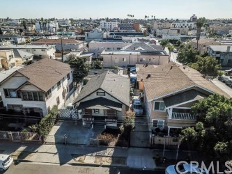 Residential Income for Sale at 3094 San Marino Street 3094 San Marino Street Los Angeles, California 90006 United States