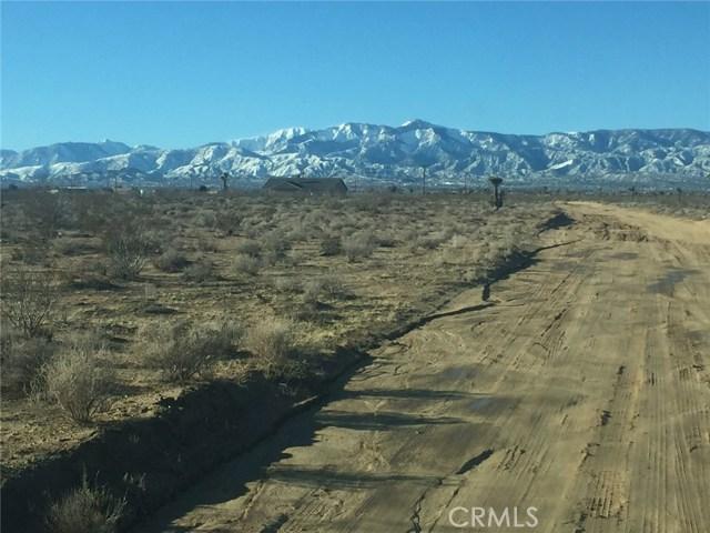 6955 Maricopa Road, Phelan CA: http://media.crmls.org/medias/3baea3b6-83fe-4ffa-a6f2-8df0b201f6c8.jpg