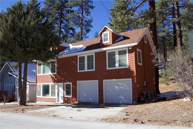 Single Family Home for Sale at 1126 Canyon Road Fawnskin, California 92314 United States