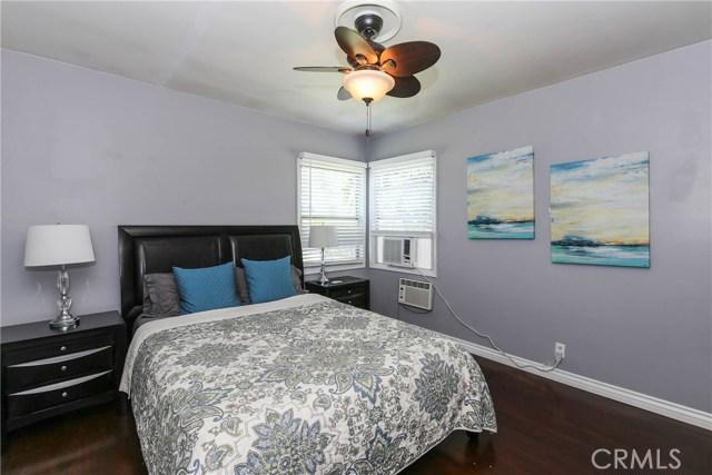 425 W Knepp Avenue, Fullerton CA: http://media.crmls.org/medias/3bba067b-2602-4db0-a354-ae859d737849.jpg
