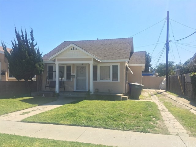 3016 Ardmore Avenue, South Gate CA: http://media.crmls.org/medias/3bc6358a-7cfc-4bfd-a8f6-e353dfb51140.jpg