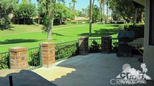 279 Tolosa Circle, Palm Desert CA: http://media.crmls.org/medias/3bc890a0-b2fd-4025-b5ed-119ab56862ba.jpg