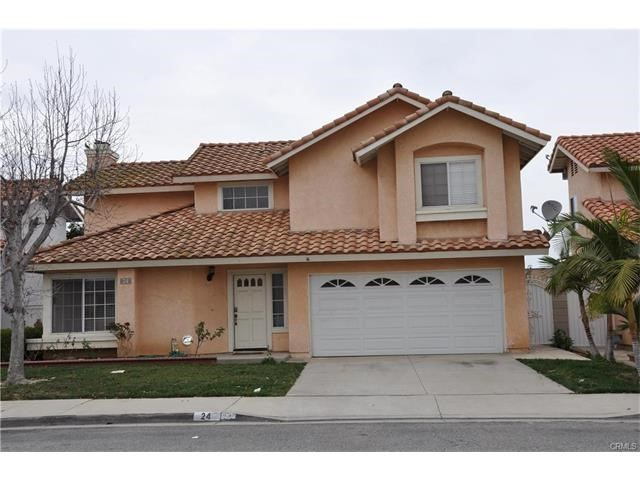 Single Family Home for Sale at 24 Cantera Santa Ana, California 92703 United States