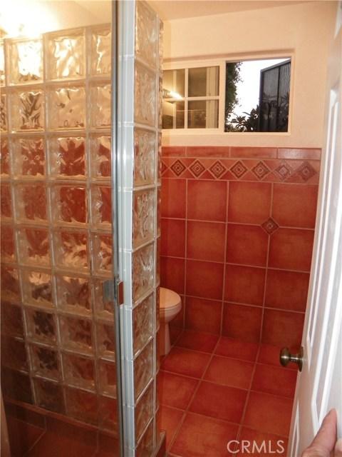2330 W Harvard Street, Santa Ana CA: http://media.crmls.org/medias/3bdd1e2b-1604-4c4e-a633-20a190b82a93.jpg