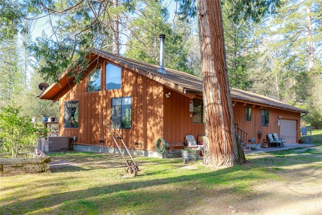 Detail Gallery Image 1 of 41 For 2377 Coachman Rd, Mariposa,  CA 95338 - 2 Beds   – Baths