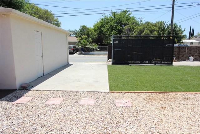 798 Bunker Hill Drive, San Bernardino CA: http://media.crmls.org/medias/3be0cefb-b1b8-4404-a7ae-0a1b834d38d5.jpg