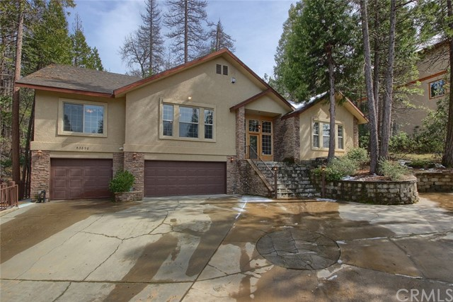 53890 Dogwood Creek Drive, Bass Lake CA: http://media.crmls.org/medias/3be7691c-e3b6-4592-993f-48a9f34afcc7.jpg