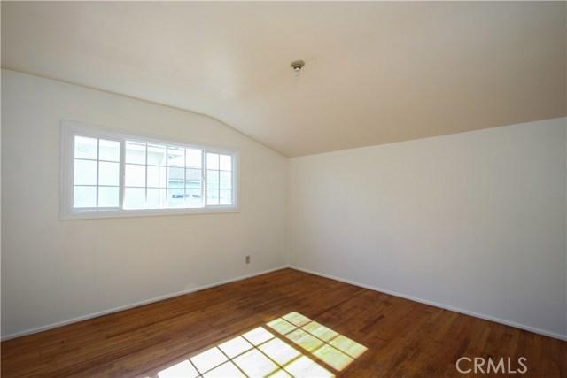 1222 W 187th W Street, Gardena CA: http://media.crmls.org/medias/3beac42e-4dd8-4c79-b144-00f3514b4df6.jpg