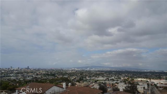 Townhouse for Sale at 2124 Sea Ridge Drive Signal Hill, California 90755 United States