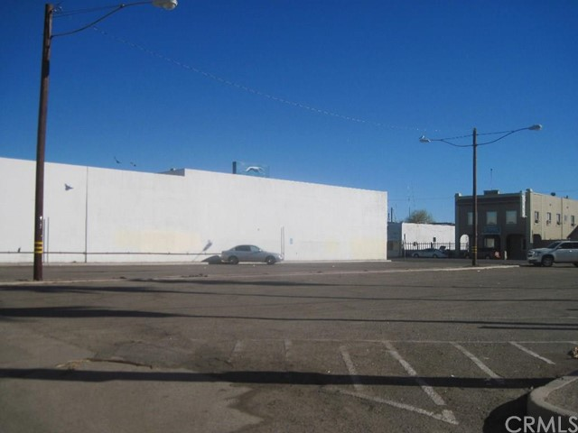 Additional photo for property listing at 473 Main W  El Centro, California 92243 United States