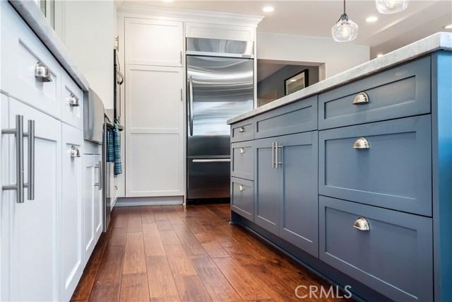 1137 9th Street, Manhattan Beach, California 90266, 4 Bedrooms Bedrooms, ,3 BathroomsBathrooms,Single family residence,For Sale,9th,SB19100531