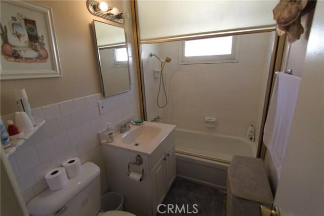 788 Joann Street, Costa Mesa CA: http://media.crmls.org/medias/3c010233-b088-4cb0-bc34-7bb1f8ce1bec.jpg