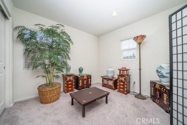 34936 Roberts Place, Beaumont CA: http://media.crmls.org/medias/3c0290aa-e729-48aa-9175-56dcf7e85226.jpg