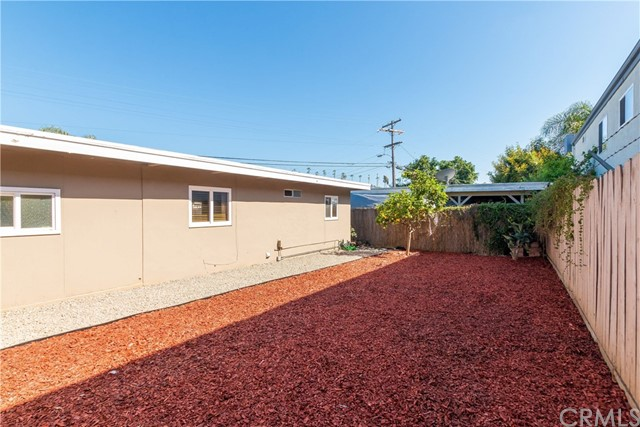 712 N Citrus Avenue, Vista CA: http://media.crmls.org/medias/3c0ccae1-945a-4c9b-982a-120a9aa9ff9d.jpg