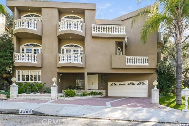Single Family Home for Sale at 2800 Glenoaks Canyon Drive Glendale, California 91206 United States