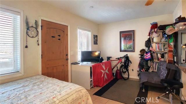 212 Catalina Avenue, Avalon CA: http://media.crmls.org/medias/3c149df7-5185-4931-a0c2-273fe0e681b2.jpg