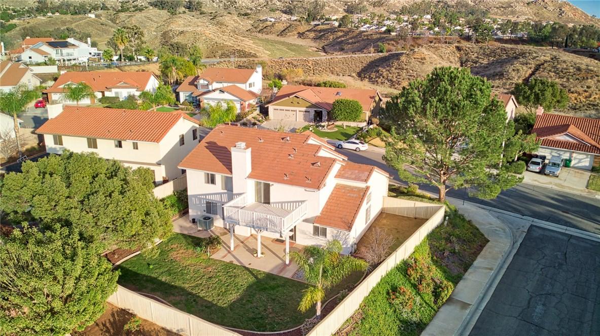 10271 Canyon Vista Road, Moreno Valley CA: http://media.crmls.org/medias/3c1d7549-a56e-4515-85d3-76c0d3a8d501.jpg