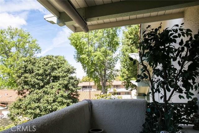2073 Ronda Granada, Laguna Woods CA: http://media.crmls.org/medias/3c25a9de-ccd0-4aa4-a7dc-dbbab2f55a05.jpg