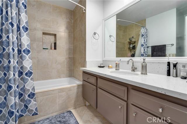 444 Piedmont Avenue, Glendale CA: http://media.crmls.org/medias/3c2e3505-60ff-4439-bb6d-bc3f204e195b.jpg