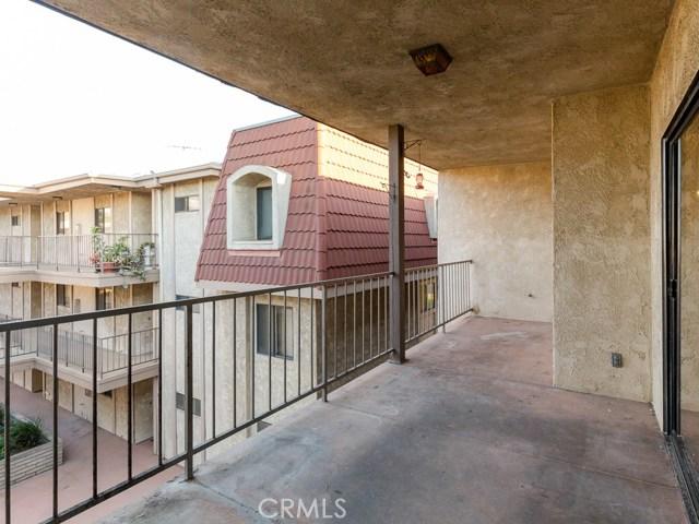 738 Main Street Unit 302 El Segundo, CA 90245 - MLS #: SB17214397