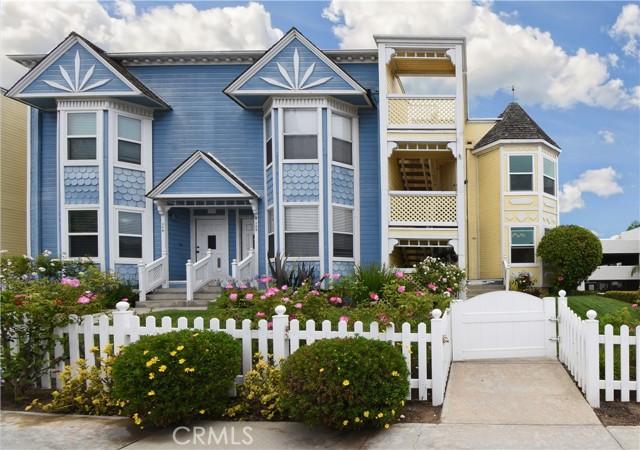 100 Monterey Blvd, Hermosa Beach, CA 90254