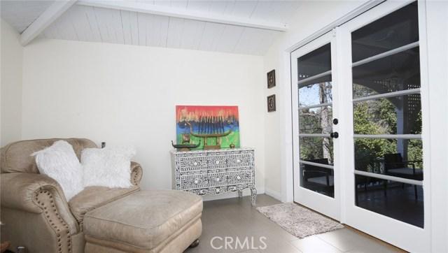 1311 S Center Street, Redlands CA: http://media.crmls.org/medias/3c37a81f-8304-4f56-8b6a-b29ed13bd821.jpg