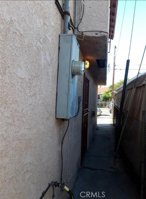712 N Brannick Av, Los Angeles, CA 90063 Photo 36