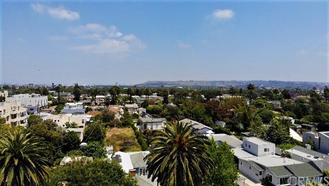 4035 Marcasel Ave, Los Angeles, CA 90066 photo 48
