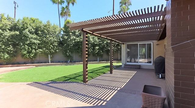 9961 Bond Circle, Huntington Beach CA: http://media.crmls.org/medias/3c454485-d16d-433f-af94-a954c63f1d10.jpg