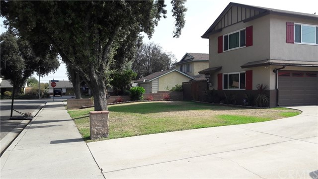 2047 Pandora Way, Pomona CA: http://media.crmls.org/medias/3c454879-2f8b-4c6b-a5a4-c3fb7a33570f.jpg