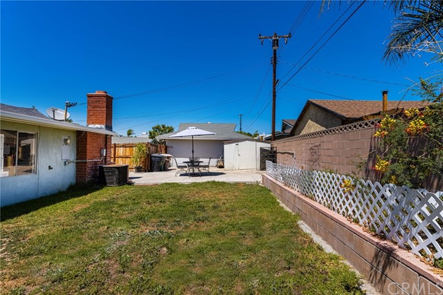 724 Moonbeam Street, Placentia CA: http://media.crmls.org/medias/3c45a145-846b-4cea-b4d4-a5ab719bb91c.jpg