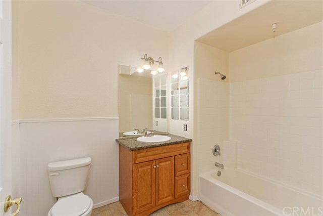 24909 Madison Avenue, Murrieta CA: http://media.crmls.org/medias/3c46cbc3-1dd5-4c46-beb2-7eb247edd369.jpg