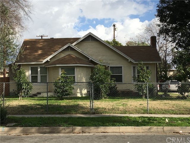 Single Family Home for Sale at 1999 F Street N San Bernardino, California 92405 United States