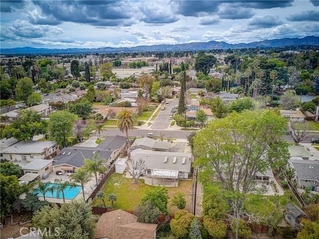10000 Encino Avenue, Northridge CA: http://media.crmls.org/medias/3c5307d0-607a-4531-9ddc-e57eca022ec5.jpg