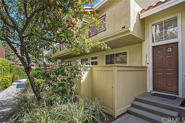 Photo of 19595 Orviento Drive, Lake Forest, CA 92679