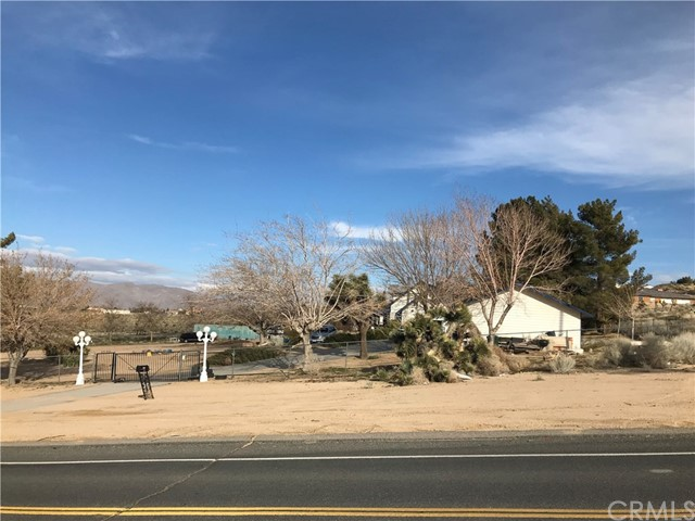 9971 Central Road,Apple Valley,CA 92308, USA