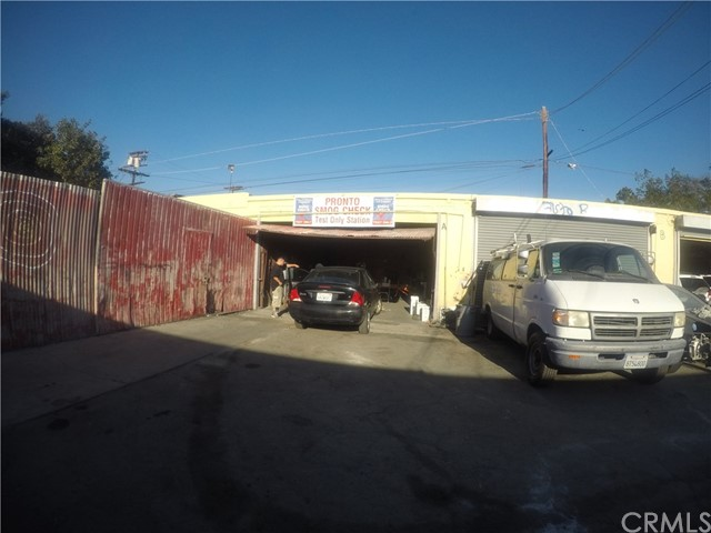 8024 S Western Av, Los Angeles, CA 90047 Photo 1