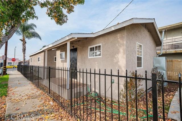 8230 Compton Avenue, Los Angeles CA: http://media.crmls.org/medias/3c7b2426-708d-4c62-9806-f66b6d2e29e4.jpg