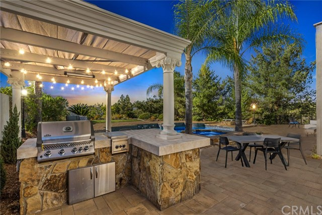 Photo of 255 S Heath Terrace, Anaheim Hills, CA 92807