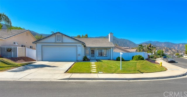 Property for sale at 13377 Knollwood Drive, Corona,  CA 92883