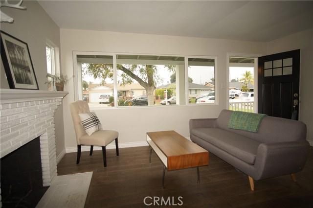 1638 Brycedale Avenue, Duarte CA: http://media.crmls.org/medias/3c96afff-dfc3-4bee-88cc-47f1e0e64756.jpg