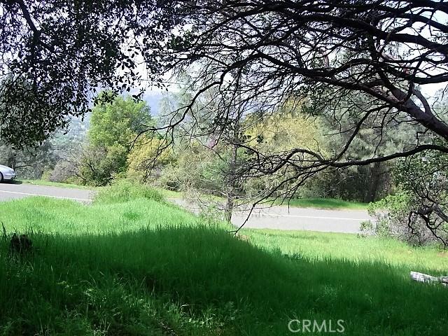 18605 Pine Flat Court, Hidden Valley Lake CA: http://media.crmls.org/medias/3ca34ade-5780-4ba4-9f31-fcb4fcbe6523.jpg