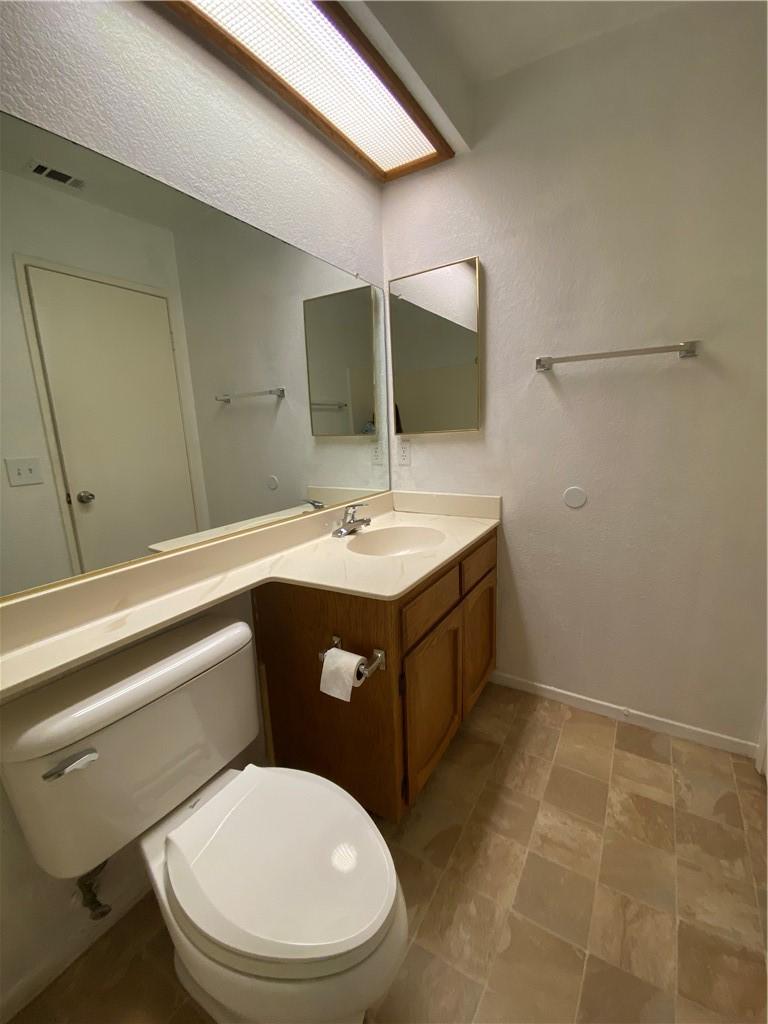 15236 Mesquite Way, Victorville, California 92394, 3 Bedrooms Bedrooms, ,1 BathroomBathrooms,Residential,For Sale,Mesquite,CV21125440